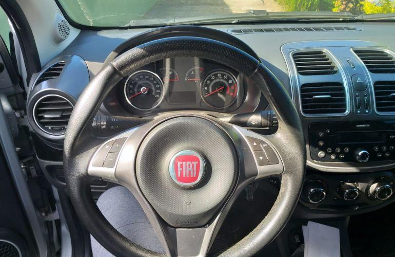 Fiat Grand Siena Evo Attractive 1.0 (Flex) - Foto #10