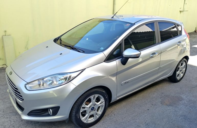 Ford Fiesta Hatch SE Rocam 1.6 (Flex) - Foto #1