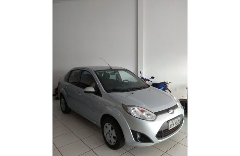 Ford Fiesta Sedan 1.6 (Flex) - Foto #4