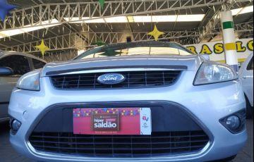Ford Focus Sedan FC 2.0 16V - Foto #3