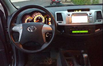 Toyota Hilux 2.7 Flex 4x4 CD SRV (Aut) - Foto #4