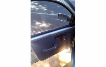 Fiat Palio Young 1.0 8V Fire 4p - Foto #9
