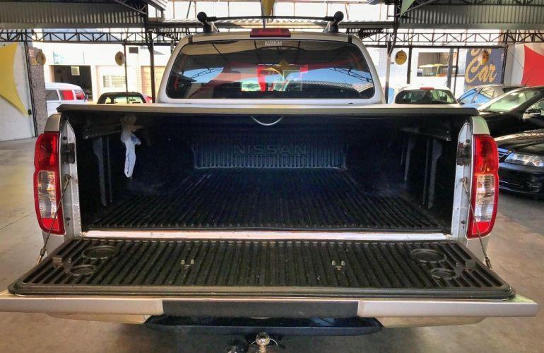 Nissan Frontier LE Attack 2.5 4X4 (Cab.Dupla) (aut) - Foto #6