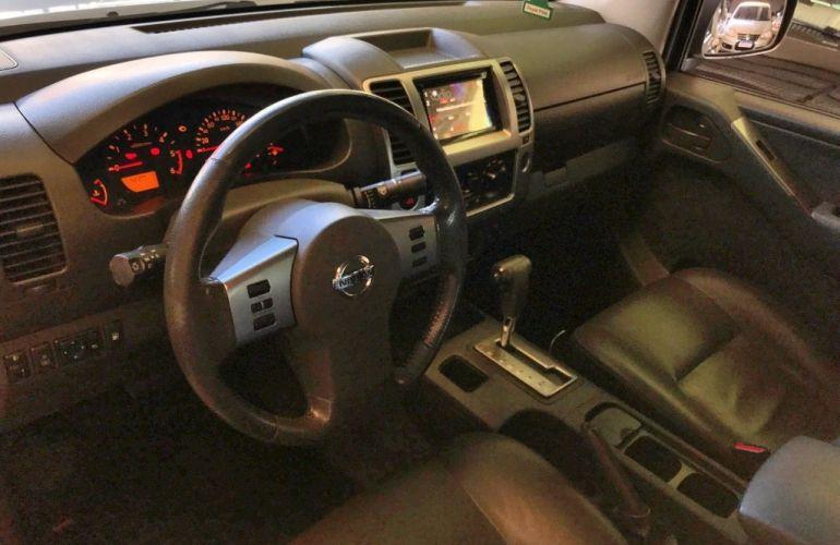 Nissan Frontier LE Attack 2.5 4X4 (Cab.Dupla) (aut) - Foto #8