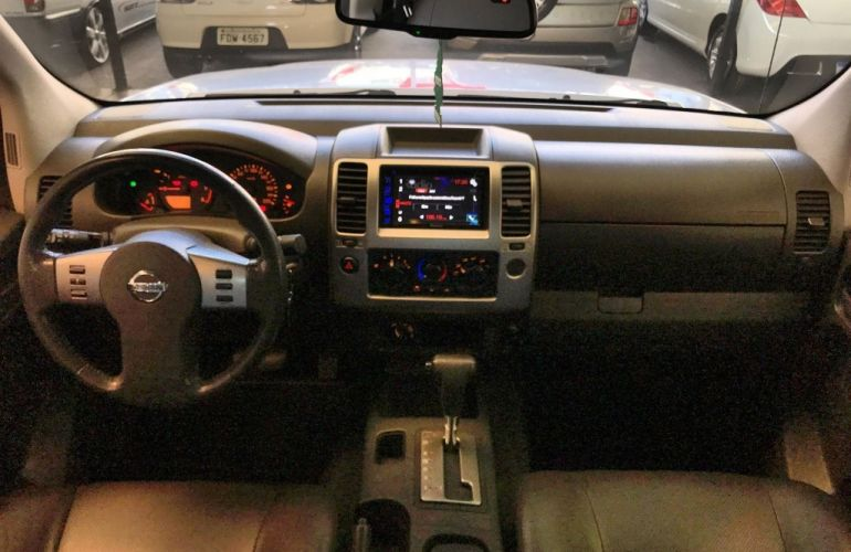 Nissan Frontier LE Attack 2.5 4X4 (Cab.Dupla) (aut) - Foto #10