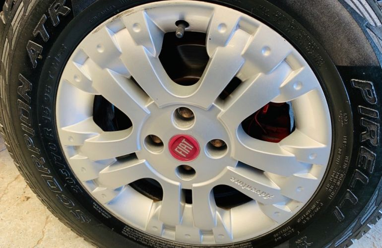Fiat Strada Adventure 1.8 8V (Flex) (Cabine Estendida) - Foto #10