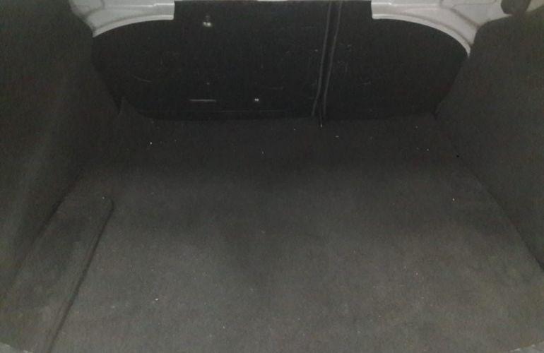 Ford Focus Sedan GLX 2.0 16V (Flex) - Foto #10