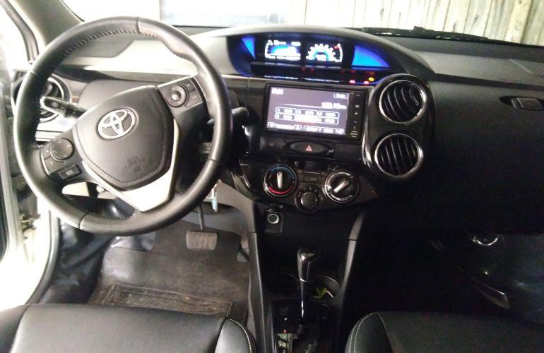 Toyota Etios Sedan XLS 1.5 (Flex) (Aut) - Foto #4