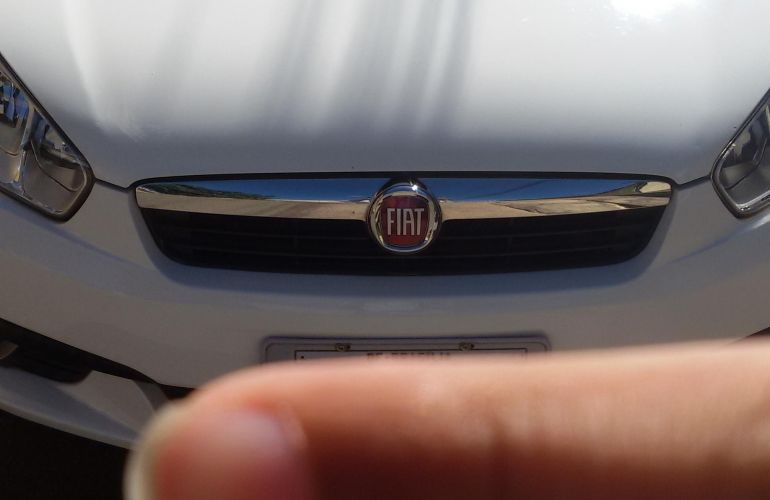 Fiat Grand Siena Attractive 1.4 8V (Flex) - Foto #1