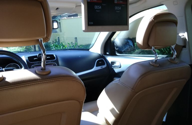 Dodge Journey RT 3.6 V6 AWD - Foto #2