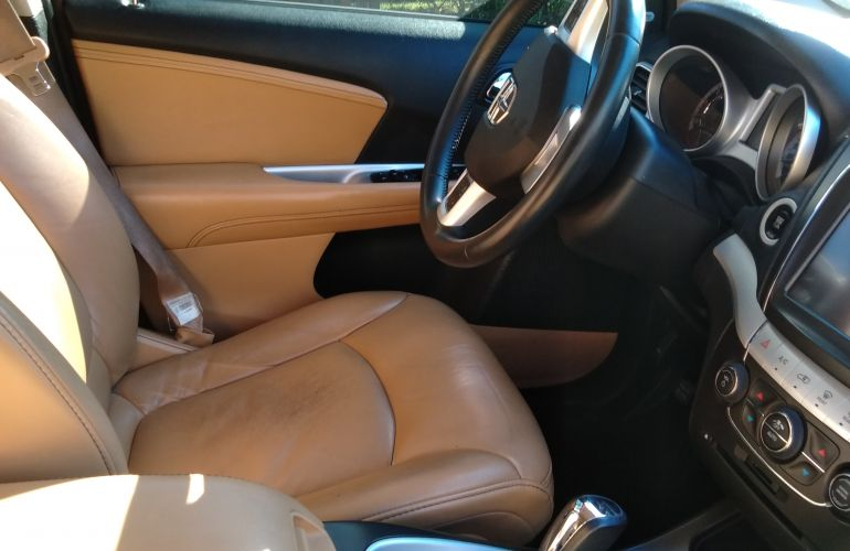 Dodge Journey RT 3.6 V6 AWD - Foto #3