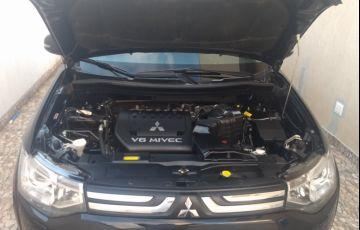 Mitsubishi Outlander GT 4WD 3.0 V6 (Aut) - Foto #6