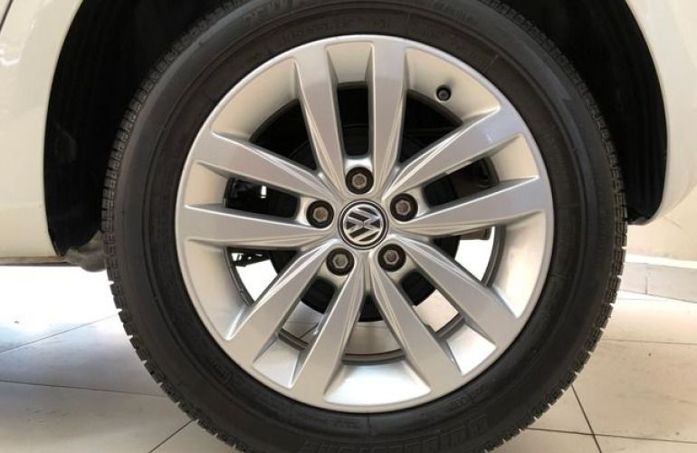 Volkswagen Fox CONNECT 1.6 MSI TOTAL Flex   MANUAL - Foto #9