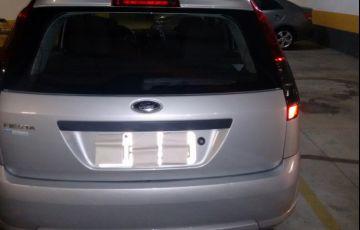 Ford Fiesta Hatch Rocam 1.0 (Flex) - Foto #4