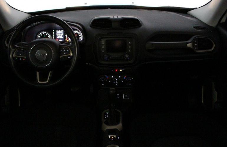 Jeep Renegade Longitude 1.8 (Aut) (Flex) - Foto #9