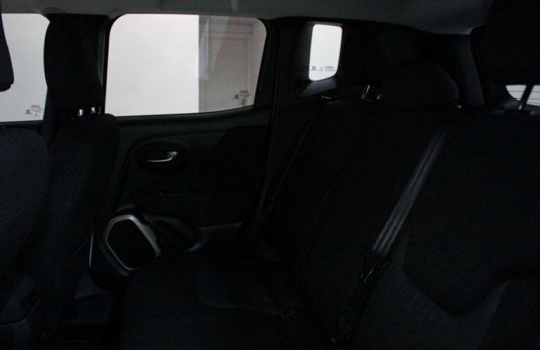 Jeep Renegade Longitude 1.8 (Aut) (Flex) - Foto #10