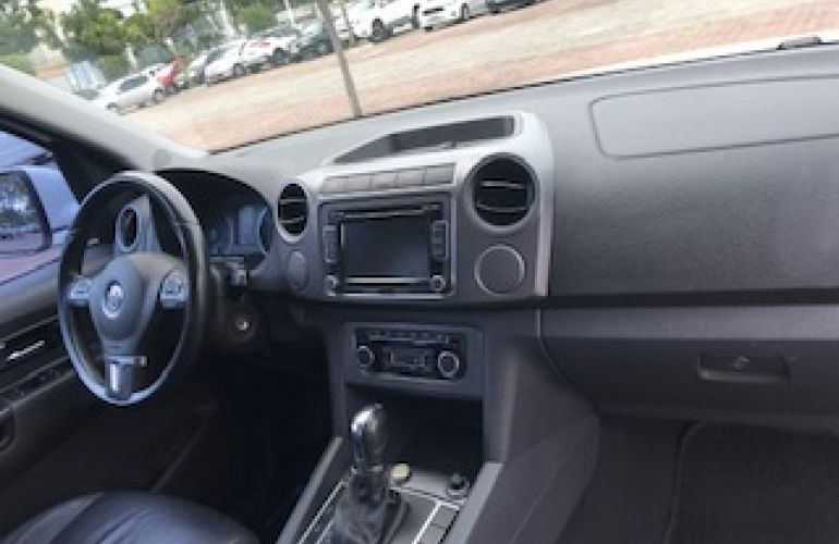 Volkswagen Amarok 2.0 TDi CD 4x4 Highline (Aut) - Foto #1