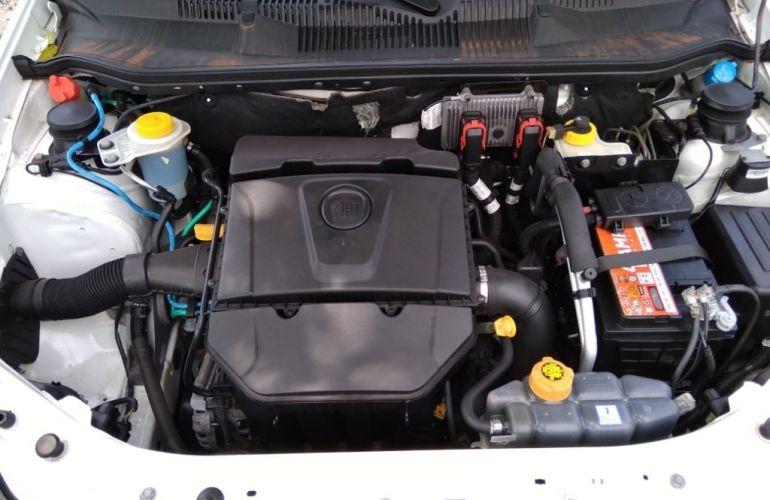 Fiat Strada Trekking 1.6 16V (Flex) (Cabine Dupla) - Foto #9