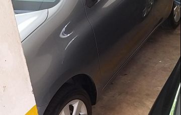 Nissan March 1.0 16V S (Flex) - Foto #2