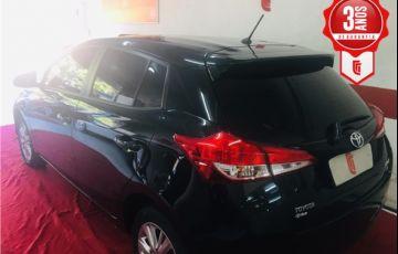 Toyota Yaris 1.3 16V Flex Xl Plus Tech Multidrive - Foto #3