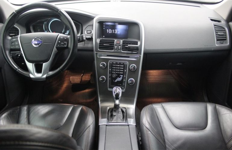 Volvo XC60 2.0 T5 Drive-E Dynamic - Foto #7