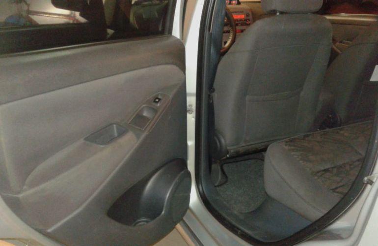 Fiat Idea Adventure Locker 1.8 (Flex) - Foto #4