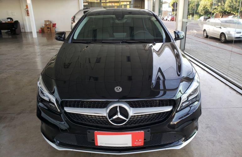 Mercedes-Benz CLA 180 - Foto #1