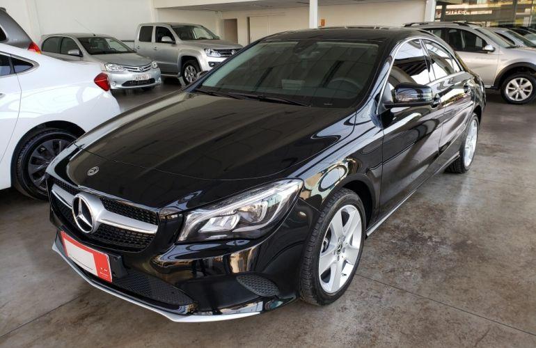 Mercedes-Benz CLA 180 - Foto #2