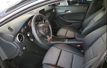 Mercedes-Benz CLA 180 - Foto #8