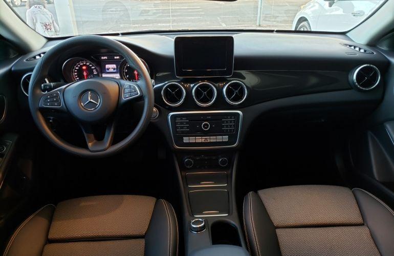 Mercedes-Benz CLA 180 - Foto #10