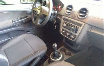 Volkswagen Saveiro 1.6 (Flex) - Foto #10