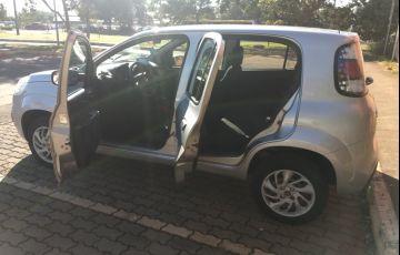 Fiat Uno Attractive 1.0 8V (Flex) 4p - Foto #3
