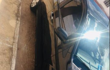 Ford Fiesta Sedan 1.0 Rocam (Flex) - Foto #2