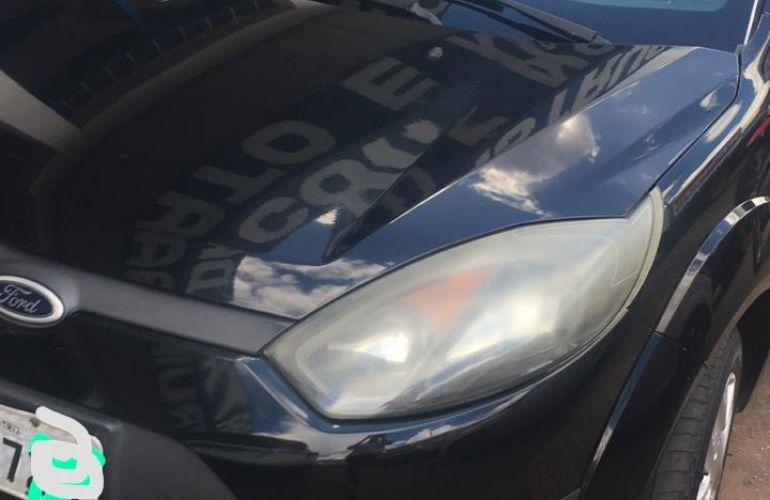 Ford Fiesta Sedan 1.0 Rocam (Flex) - Foto #5