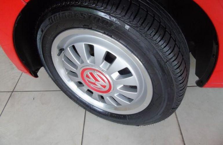 Volkswagen up! Black White Red 1.0l MPI Total Flex - Foto #6
