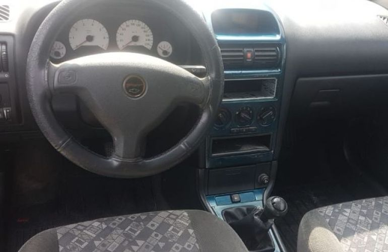 Chevrolet Astra Sport 2.0 Mpfi 8V - Foto #4