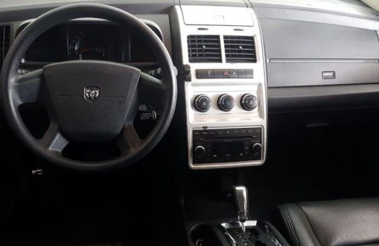 Dodge Journey SE 2.7 V6 24V - Foto #6