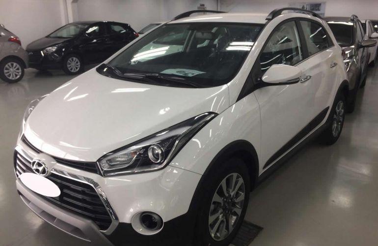 Hyundai HB20X Premium 1.6 (Aut) - Foto #8