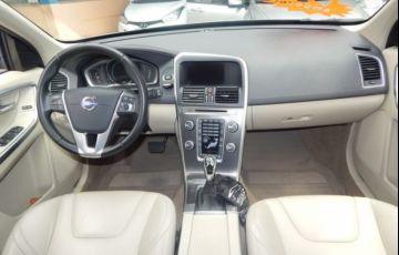 Volvo XC60 Dynamic FWD 2.0 T5 Turbo - Foto #3