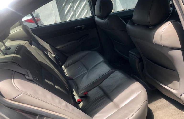 Honda Civic LXS 1.8 i-VTEC (Flex) - Foto #7