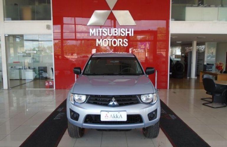 Mitsubishi L200 GLX Triton 4X4 Cabine Dupla 3.2 Turbo Intercooler 16V - Foto #2