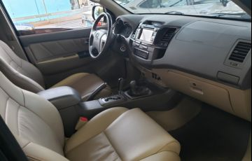 Toyota Hilux SW4 SRV 3.0 4X4(5 lugares) - Foto #10