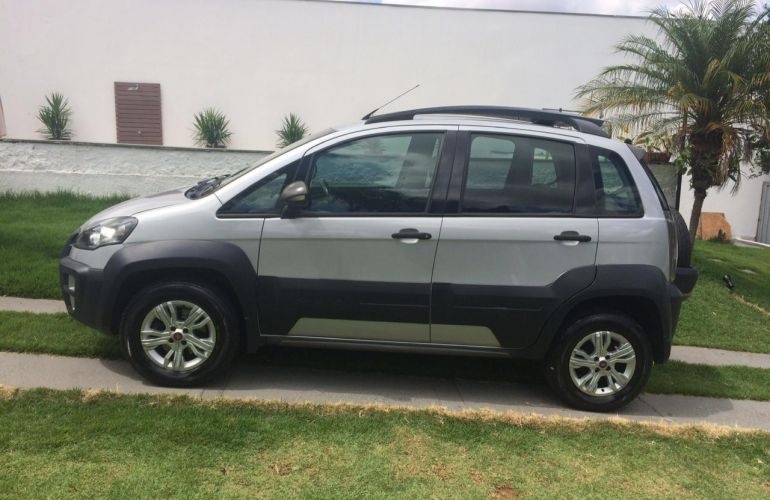 Fiat Idea Adventure 1.8 16V E.TorQ (Flex) - Foto #9