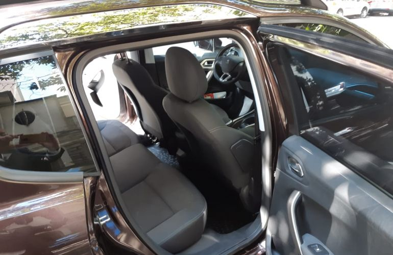 Peugeot 2008 Allure 1.6 16V (Aut) (Flex) - Foto #9