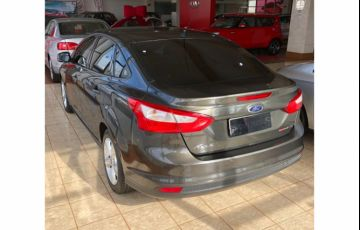 Ford Focus Sedan S 2.0 16V PowerShift (Aut) - Foto #3