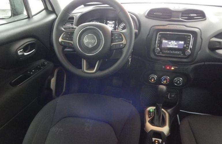 Jeep Renegade Sport 1.8 (Flex) - Foto #8