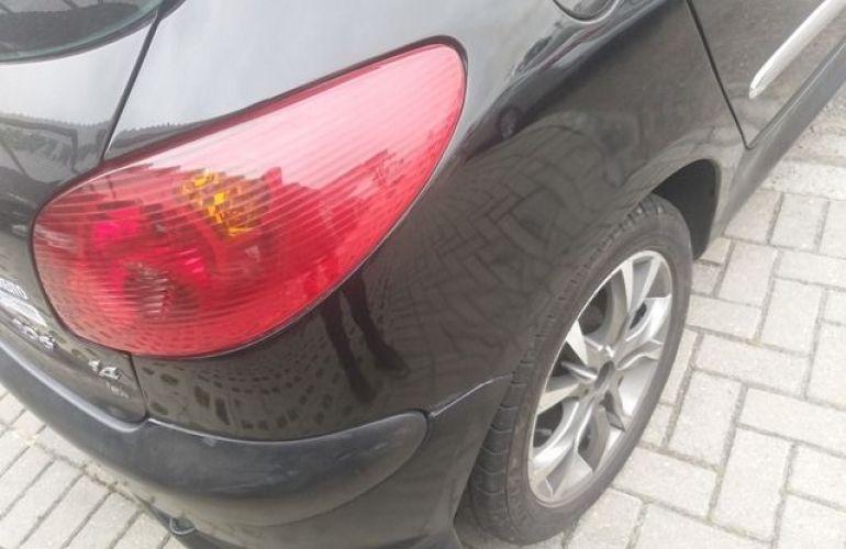 Peugeot 206 Presence 1.4 8V Flex - Foto #5