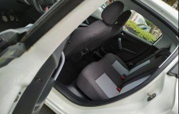 Peugeot 208 1.5 8V Active (Flex) - Foto #5