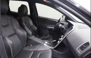 Volvo XC60 2.0 T6 Drive-E R-Design - Foto #5