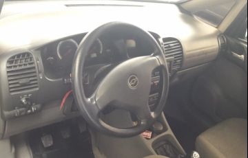 Chevrolet Zafira Comfort 2.0 (Flex) - Foto #5